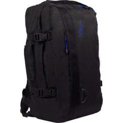 """Plecak """"Ostrava"""" w kolorze czarnym - 39 x 50 x 20 cm. Czarne plecaki męskie Les P'tites Bombes, w paski. W wyprzedaży za 108,95 zł."""