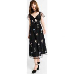 Sukienki: Sukienka midi w kwiaty