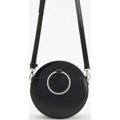 Okrągła torebka z metalowym uchwytem - Czarny. Czarne torebki klasyczne damskie Reserved. Za 119,99 zł.