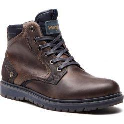 Kozaki WRANGLER - Miwouk WM182030 Anthracite 96. Brązowe buty zimowe męskie Wrangler, z materiału. W wyprzedaży za 339,00 zł.