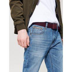 Jeansy regular fit - Niebieski. Niebieskie jeansy męskie regular House. Za 99,99 zł.