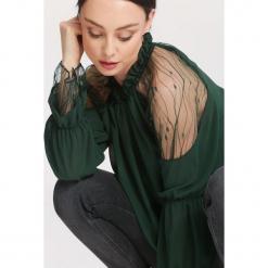 Zielona Bluzka Plurality. Zielone bluzki asymetryczne other, uniwersalny, z długim rękawem. Za 69,99 zł.