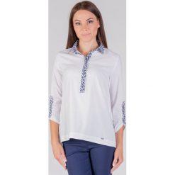 Bluzki damskie: Bluzka ecru z ozdobnym dekoltem QUIOSQUE