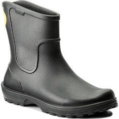 Kalosze CROCS - Wellie Rain Boot 12602 Black. Czarne kalosze męskie Crocs, z tworzywa sztucznego. W wyprzedaży za 249,00 zł.