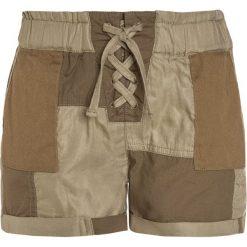 Scotch R'Belle Szorty army. Zielone szorty jeansowe damskie Scotch R'Belle. W wyprzedaży za 155,40 zł.