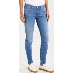Freeman T. Porter GWENN Jeansy Slim Fit nation. Niebieskie jeansy damskie marki Freeman T. Porter. W wyprzedaży za 377,10 zł.
