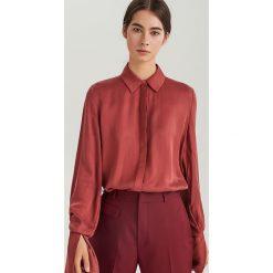 Koszula z cupro i lyocellu ReDesign - Czerwony. Białe koszule damskie marki Reserved, l, z dzianiny. Za 179,99 zł.
