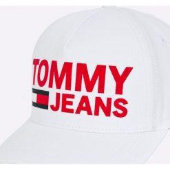 Tommy Jeans - Czapka. Szare czapki z daszkiem damskie Tommy Jeans, z bawełny. W wyprzedaży za 139,90 zł.