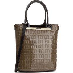 Torebka MONNARI - BAGA670-015 Beige. Brązowe torebki klasyczne damskie marki Monnari, w paski, z materiału, średnie. W wyprzedaży za 149,00 zł.