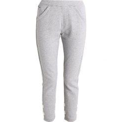 GStar SCOLLA SLIM PANT Spodnie treningowe grey heather. Szare rurki damskie marki G-Star, m, z bawełny. W wyprzedaży za 356,15 zł.