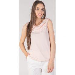 Bluzki damskie: Różowa bluzka z marszczeniem QUIOSQUE