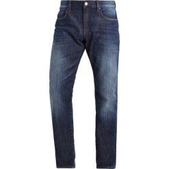 Armani Exchange Jeansy Slim Fit denim indigo. Niebieskie jeansy męskie relaxed fit Armani Exchange. W wyprzedaży za 365,40 zł.