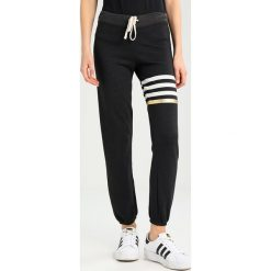 Spodnie sportowe damskie: Sundry SWEATPANTS  Spodnie treningowe black