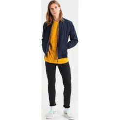 T-shirty męskie: RVLT Tshirt basic yellow