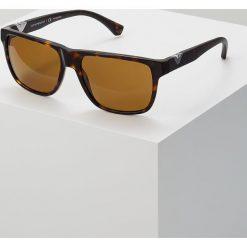 Emporio Armani Okulary przeciwsłoneczne brown. Brązowe okulary przeciwsłoneczne męskie wayfarery Emporio Armani. Za 609,00 zł.