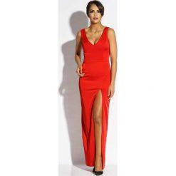 Czerwona Sukienka Wieczorowa Maxi z Długim Rozcięciem. Czerwone długie sukienki marki Molly.pl, l, z jeansu, biznesowe, z dekoltem na plecach, z długim rękawem. Za 298,90 zł.
