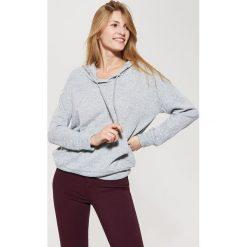 Sweter o kroju bluzy - Jasny szar. Szare bluzy damskie marki House, s. W wyprzedaży za 39,99 zł.