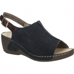 Sandały zamszowe na koturnie Rieker 65660. Czarne sandały damskie marki Rieker, z materiału. Za 188,99 zł.