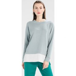 Bluzy rozpinane damskie: Soyaconcept INGA  Bluza dark cloud combi