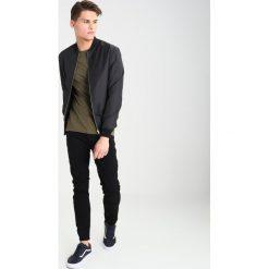 Burton Menswear London Jeans Skinny Fit black. Niebieskie jeansy męskie marki Burton Menswear London. W wyprzedaży za 127,20 zł.