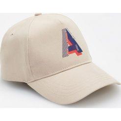 Czapka z daszkiem - Beżowy. Brązowe czapki z daszkiem męskie marki Reserved. Za 39,99 zł.