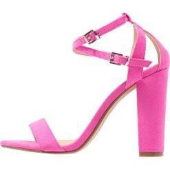 Office HABANA Sandały na obcasie pink. Czerwone sandały damskie Office, z materiału, na obcasie. Za 359,00 zł.