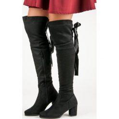 ELEGANCKIE MUSZKIETERKI NA OBCASIE. Czarne buty zimowe damskie QUEENTINA, na obcasie. Za 127,90 zł.