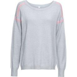 Sweter z kontrastowymi szwami bonprix szary. Szare swetry klasyczne damskie bonprix, z kontrastowym kołnierzykiem. Za 99,99 zł.