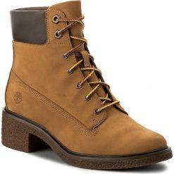 Botki TIMBERLAND - Brinda 6 In Lace Up A1KLL Wheat. Brązowe buty zimowe damskie Timberland, z materiału. W wyprzedaży za 369,00 zł.