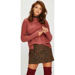 Review - Sweter. Szare swetry klasyczne damskie marki Review, l, z tkaniny, z okrągłym kołnierzem. W wyprzedaży za 139,90 zł.