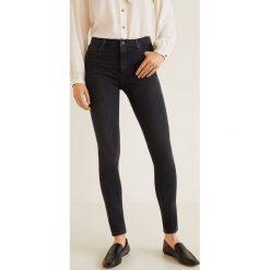 Mango - Jeansy Bstretch. Czarne jeansy damskie rurki marki Mango, z aplikacjami, z bawełny, z podwyższonym stanem. Za 199,90 zł.