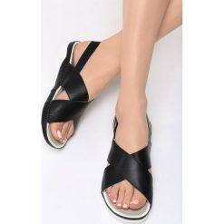 Czarne Sandały Safe Place. Białe sandały damskie marki vices. Za 79,99 zł.