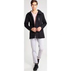 Płaszcze przejściowe męskie: RVLT Krótki płaszcz black