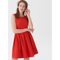 Elegancka sukienka z zakładkami - Czerwony. Czerwone sukienki balowe House, l. Za 119,99 zł.
