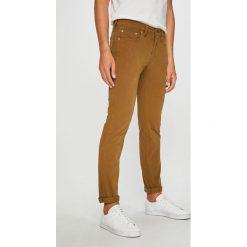 Levi's - Jeansy 511. Brązowe jeansy męskie slim marki Levi's®, z aplikacjami, z bawełny. Za 329,90 zł.