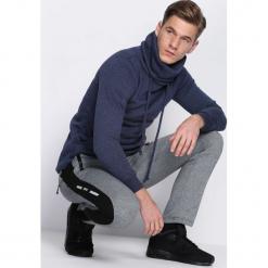 Granatowe Spodnie Dresowe Down Tools. Czarne spodnie dresowe męskie marki Born2be, m, z nadrukiem, z dresówki, z kapturem. Za 39,99 zł.
