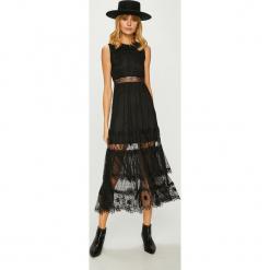 Answear - Sukienka. Szare sukienki balowe marki ANSWEAR, l, z elastanu, midi, rozkloszowane. W wyprzedaży za 179,90 zł.