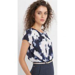 Bluzki damskie: Bluzka ze wzorem