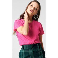 NA-KD Basic T-shirt basic - Pink. Różowe t-shirty damskie marki NA-KD Basic, z bawełny. W wyprzedaży za 21,18 zł.
