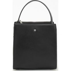 Czarna torebka - Czarny. Czarne torebki klasyczne damskie Reserved. Za 99,99 zł.