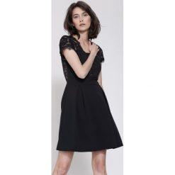 Sukienki hiszpanki: Czarna Sukienka Dreaming Of You