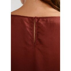 Bluzki asymetryczne: And Less PORSGRUN Bluzka brown