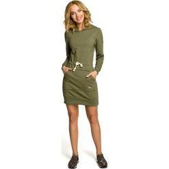 Sukienki hiszpanki: Mini sportowa sukienka z kapturem – khaki