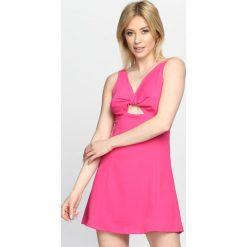 Fuksjowa Sukienka One I Love. Szare sukienki letnie Born2be, s, z dekoltem w serek, na ramiączkach, mini. Za 59,99 zł.