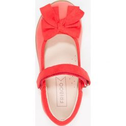 Friboo Baleriny z zapięciem coral. Czerwone baleriny dziewczęce marki Friboo, z materiału. Za 129,00 zł.