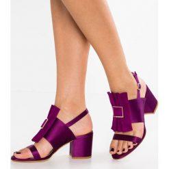 MA&LO SUMA Sandały lilac. Fioletowe sandały damskie MA&LO, z materiału. W wyprzedaży za 504,50 zł.