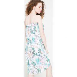 Femi Pleasure - Sukienka HAITI. Szare sukienki dzianinowe marki Femi Stories, na co dzień, l, w paski, casualowe, mini. W wyprzedaży za 99,90 zł.