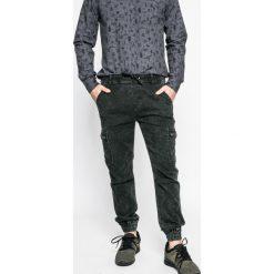 Medicine - Jeansy Human Nature. Szare jeansy męskie regular MEDICINE. W wyprzedaży za 79,90 zł.