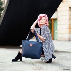 Torba Mili City Bag MCB2 - granatowa. Czarne torebki klasyczne damskie Pakamera, duże. Za 199,00 zł.