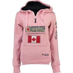 """Bluza """"Gyrelle"""" w kolorze jasnoróżowym. Czerwone bluzy rozpinane damskie marki Canadian Peak, s, z aplikacjami, prążkowane, z krótkim rękawem, krótkie. W wyprzedaży za 136,95 zł."""